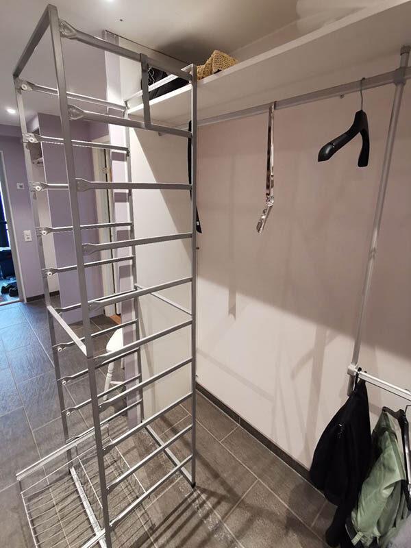 montering av garderobeinnredning
